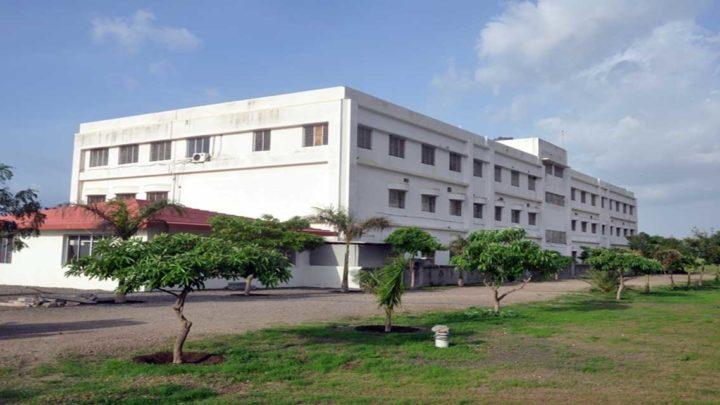 S.J Thakkar Pharmacy College