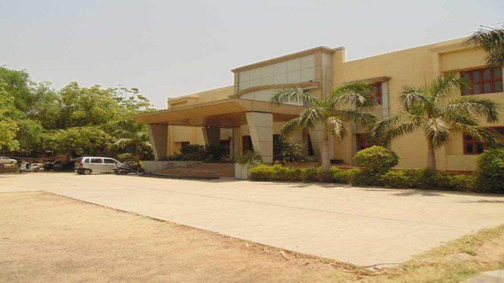 Shree Swaminarayan Sanskar Pharmacy College