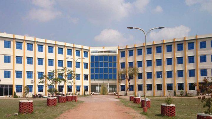 Pt. Devprabhakar Shastri College of Technology