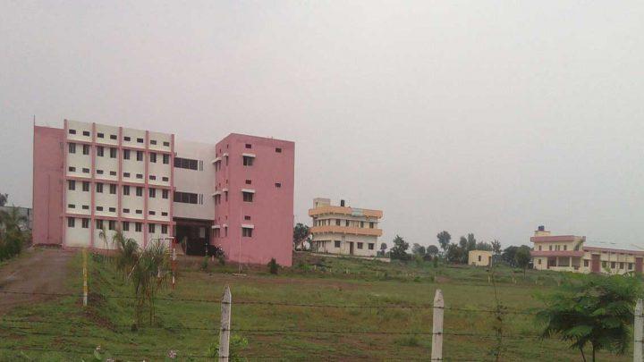 Kai. Sau. Sunitatai Eknathrao Dhakane Polytechnic College, Shevgaon