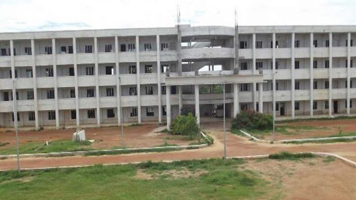 Vandayar Engineering College