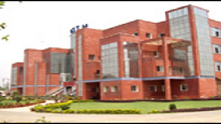 Goel Institute of Pharmacy & Sciences